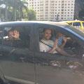 学校が終わり、ジョルジーニョ、セウシーニョとその息子さんエドゥワルドさんはご帰宅^^ パンデイリスタ 3世代!