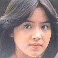 荒木由美子 1977.06.10 渚でクロス