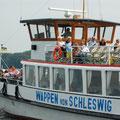 """Die """"Wappen von Schleswig"""" ist neben dem """"Riva"""" zuhause. Von hier können Sie schöne Schiffstouren unternehmen."""