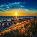 1. Platz (Mittelstufe) Sonnenuntergang auf Sylt am Strand - Das gute Wetter lockt von Laura M.