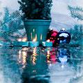 Erster Platz: Feuer - Weihnachten - Eis von Maria R. Das Bild spiegelt in besonderer Weise die Aufgabe wider und besticht durch Atmosphäre und Gestaltung.