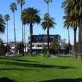 Blick auf unser Haus vom Park aus