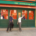 Ja, diese Bar ist tatsächlich in Paris und nicht in Australien...