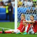 Martin Hintergger e Florian Klein dell'Austria a terra dopo la sconfitta nella partita Euro 2016 tra Islanda e Austria allo Stade de France, 22 Giugno, 2016 a Parigi, Francia, Euro 2016 (GETTY/Botterill)