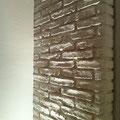 Wandgestaltung mit Steinimitat Paneel M-272 Ziegel weiß Wischoptik