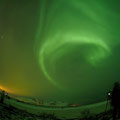 Foto: Christian Bernfeld. Ober uns tanzt das Nordlicht.