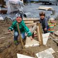 09.08.2016 - Ein Landhaufen, Holz und etwas konstruktive Kreativiät......was will Kind mehr?