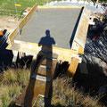 12.10.2016 - Die Anlage wird wunderschön. Wo mein Schatten liegt, werde ich eine Mut-Brücke in den Holzstadel bauen wo sich v.a. die Kleinen vertwellen werden.