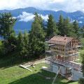 15.08.2014 - Die Hütte wird längeri apartiger.