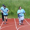 So schnell laufen, wie möglich (von links): Andreas Enke, Markus Rumpel, Nancy Wels und Christian Naumann von der Rummelsberger Diakonie.