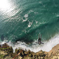 Gleitschirmfliegen an der Küste Portugals