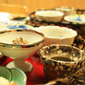 朝食の『花かご御膳』色とりどりの小鉢が並びます・・・