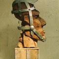 Thema Massenbewegung: Titel: Schweigepflicht( Soldat) 2003. Holz Metall