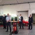 Nach der Übung waren Vertreter der Verwaltung noch bei uns. Bürgermeister Dr. Dennis Nitsche hielt eine Ansprache an die Kameraden der Feuerwehr.