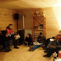 Lars vom Kölner Rachel-Architekturwettbewerb (links auf Sofa)