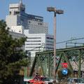 八ッ山橋風景