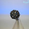 1193465    Ring  mit antiker Bronze ( Reste von Glasflusseinlagen)  gallorömisch   geschwärztes Silber   670 €