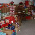 Auch in diesem Jahr wurde der Gemeindesaal wieder festlich für die Weihnachtsfeier geschmückt...