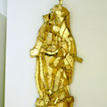 """Goldene Madonna"", 2000-2011 Sperrholz, blattvergoldet, 85 x 38 x 12 cm"