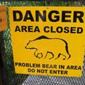 Warnung in Liard Hot Springs