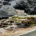 Die Mineralien geben oft schöne Färbungen ab