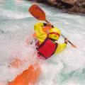 Im unteren Teil bietet die Guisane tolles Wildwasser in langen Katarakten ...