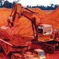 オーストラリアのボーキサイト採掘 現場