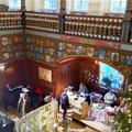 Ein Blick über den weihnachtlichen Kunstmarkt   -   (c) Atelier Anne Sänger