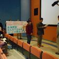 玄海原子力発電所エネルギーパークで九州電力社長あての要請書を提出