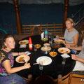 leckeres Nachtessen auf dem Hausboot