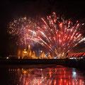 Feuerwerk am Loy Krathong in Sukhothai