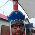 diese Mütze steht dir!!