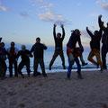 Strandparty mit Backpackers, die wir schon in Bishkek im Sakura trafen!