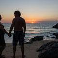 gemeinsam den Sonnenuntergang geniessen