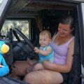 Kevin lernt nun auch Landi fahren, wird unserem Toyota untreu..;-)