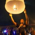 Loy Krathong in Chiang Mai. Kevins Heissluftballon...
