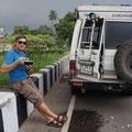 unsere erste Panne auf der ganzen Reise, defektes Radlager in Kolkata