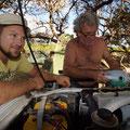 Roy und Jeff am schrauben
