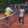 Turniersieger Steffen Dierauf und Finalist Vijay Sundar Prashanth