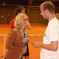 TCA-Vorsitzende Petra Hallhuber und Turniersieger Christian Haupt