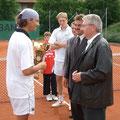 v.l.: Turniersieger Rene Nicklisch, Matthias Bachinger, Bgm. Walter Taubeneder und TCA-Präsident Hans Straubinger