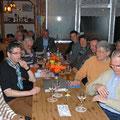Mitglieder des TCA während der Versammlung im Clubhaus