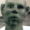 Kopf, Dolomit, H 42 cm, 1996