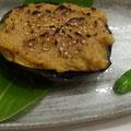 丸茄子の鶏味噌焼き