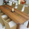 Big Foot Tisch - Tischblatt mit Zebrano-Holz; Eckpfosten mit Aluprofil