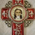 Silberkreuz mit Porzellanmedaillon, zerkratzt ...