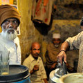 Klaus Ruttloff - Teestube in Varanasi (Indien)