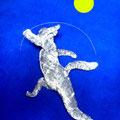 習作:兎舞(とぶ) 絵画的な要素を組み入れて遠近感を用いた作品です。