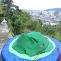 四つの社のある島.....道後の二つの神社境内にて鳥居を刺繍しました。
