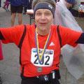 So glücklich kann man nach einem Marathon strahlen! Geht das bei mir auch? :-)